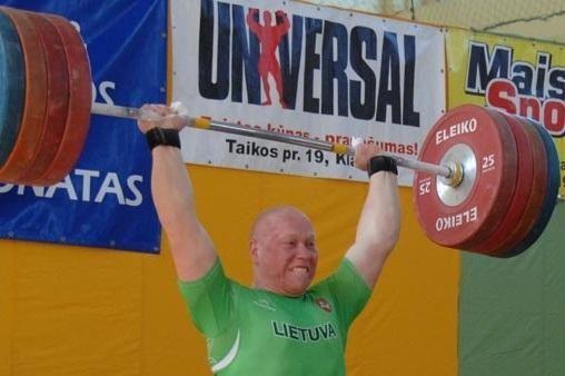 Lietuvos sunkiaatlečiai neteko vietos olimpiadoje
