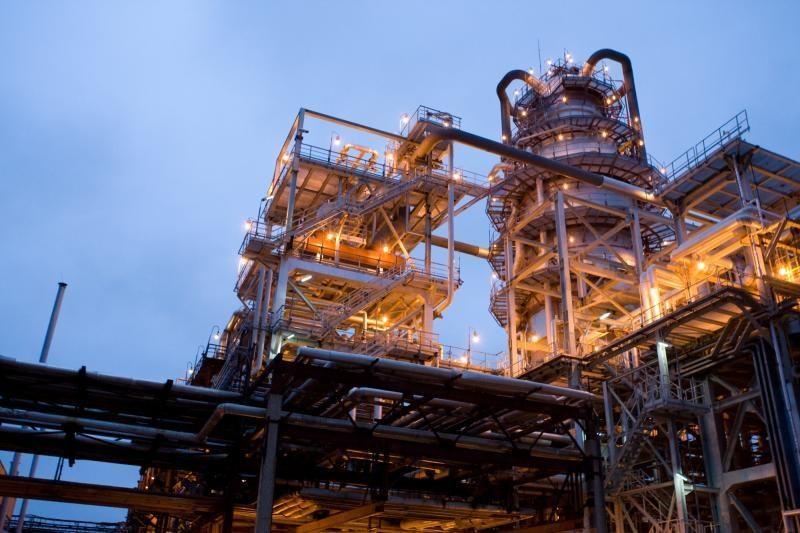Dėl darbuotojų trūkumo pramonė riboja gamybos plėtrą