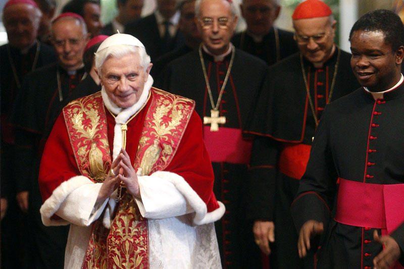 Anglikonų bažnyčios lyderis su popiežiumi laikys bendras mišias