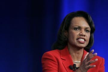 C. Rice perspėjo apie naujas JAV sankcijas Iranui