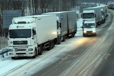 Baltarusijos dovana vežėjams - mokami keliai ir brangesnis kuras
