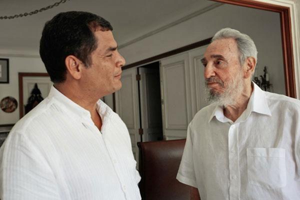 Popiežius po mišių Havanoje susitiko su buvusiu Kubos vadovu F.Castro
