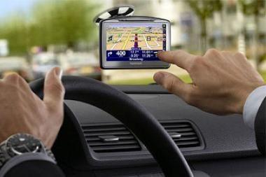 Ar gali kelionėje telefonas atstoti GPS navigatorių?