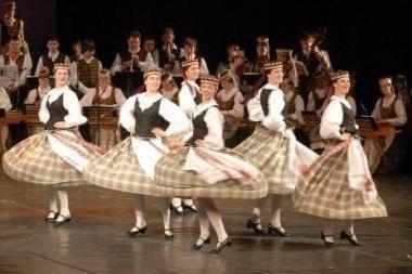 Kalėdinė nuotaika - liaudies dainose ir šokiuose