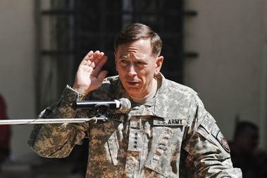 JAV užsiminė apie taiką su Talibanu