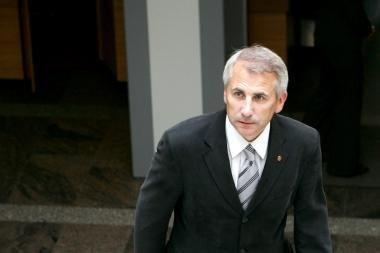 Premjeras: V.Ušackas turi stengtis atgauti prezidentės pasitikėjimą