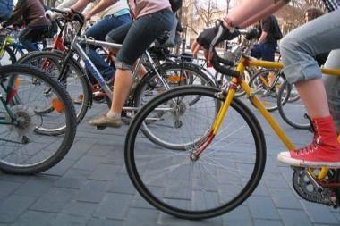 """Vilniaus """"Velomaratone"""" - daugiau kaip 2700 dviračių entuziastų"""