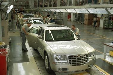 Košmaras JAV automobilių prekyboje