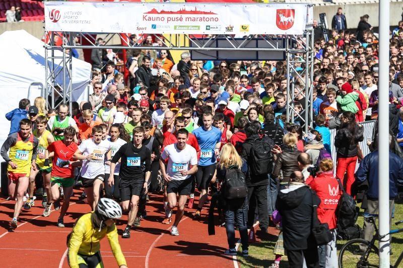 Kauno pirmajame pusmaratonyje – tūkstantis bėgikų