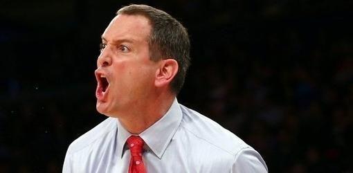 JAV krepšinio treneris trankė, spardė ir niekino savo auklėtinius