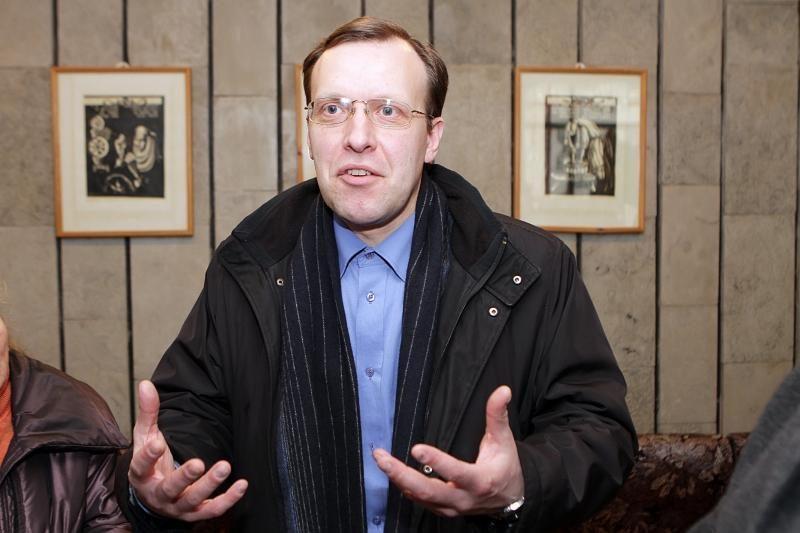 """Dėl pareiškimų apie """"sušiktą"""" policiją aiškinsis Seimo etikos sargams"""