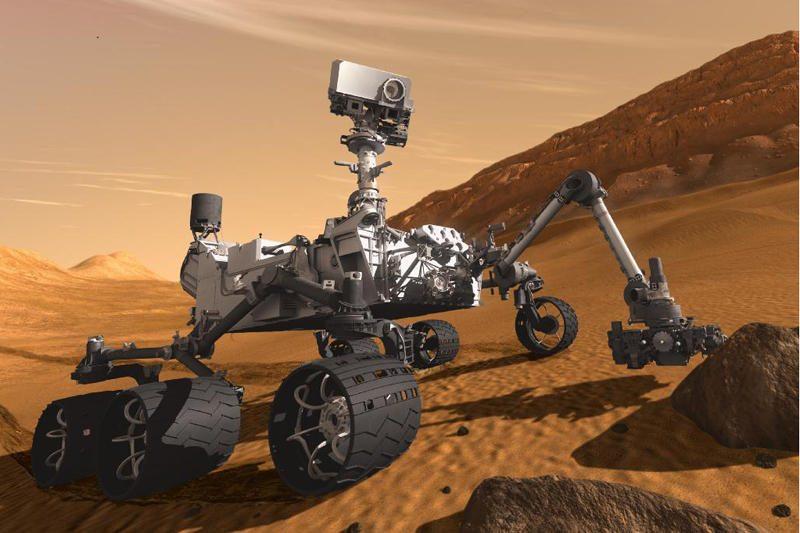 """""""Curiosity"""" į Žemę turėtų pargabenti pirmieji į Marsą nuskridę žmonės"""