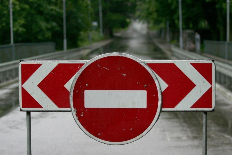 Sulaikyti Švenčionių rajone kelio ženklus niokoję jaunuoliai