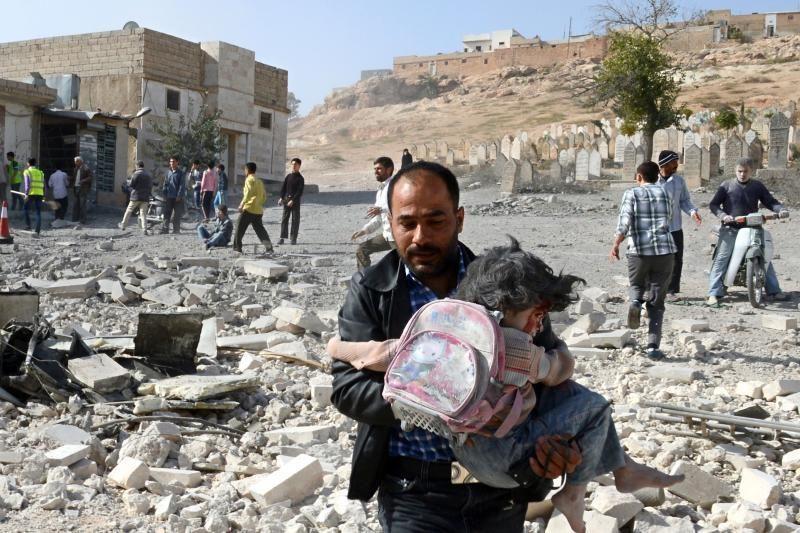 Sirijoje per sukilėlių išpuolį prieš mokyklą žuvo aštuoni moksleiviai