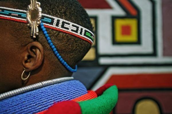 """Lietuvius šildys žymiausias Afrikos cirkas """"Mama Afrika"""""""