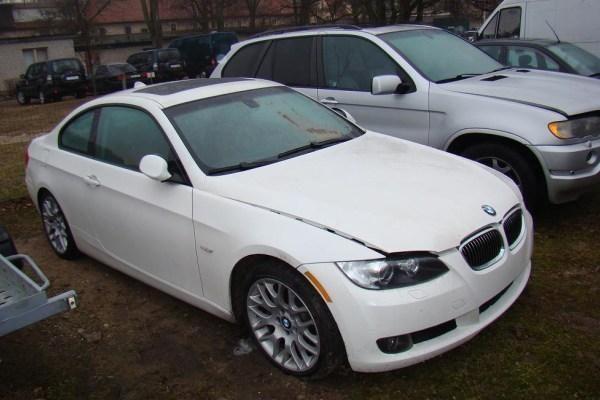 Iš Niujorko į Klaipėdą atplukdytas įtartinas BMW