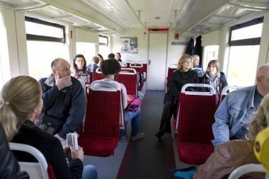 Iš Vilniaus į Kauną - dviaukščiu traukiniu