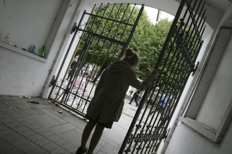 Už nepilnametės žaginimą teks kalėti 10 metų