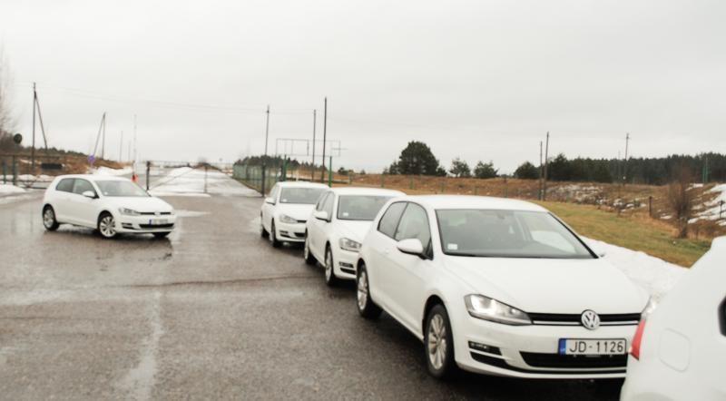 "Nemuno žiedo trasoje buvo bandomi 7-tos kartos ""Volkswagen Golf"""