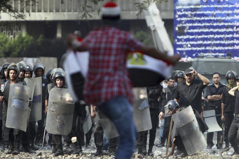 """""""Hezbollah"""" vadovas kreipėsi į protestuotojus Beirute (papildyta)"""