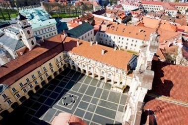 Vilniaus universitete studijuos vaikai