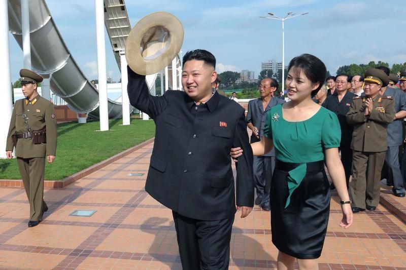 Kinijos komunistai seksualiausiu išrinko Kim Jong-Uną