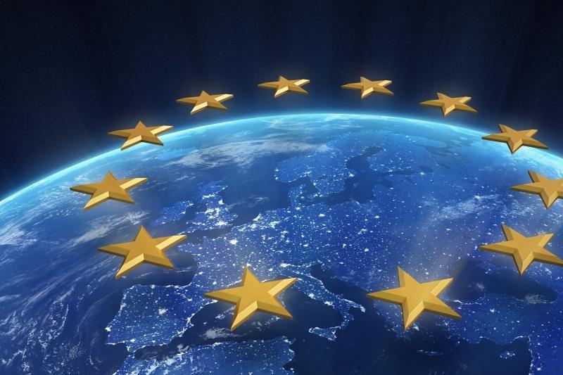 Europos vėliavos iškėlimas bus privalomas Lietuvai pirmininkaujant ES?