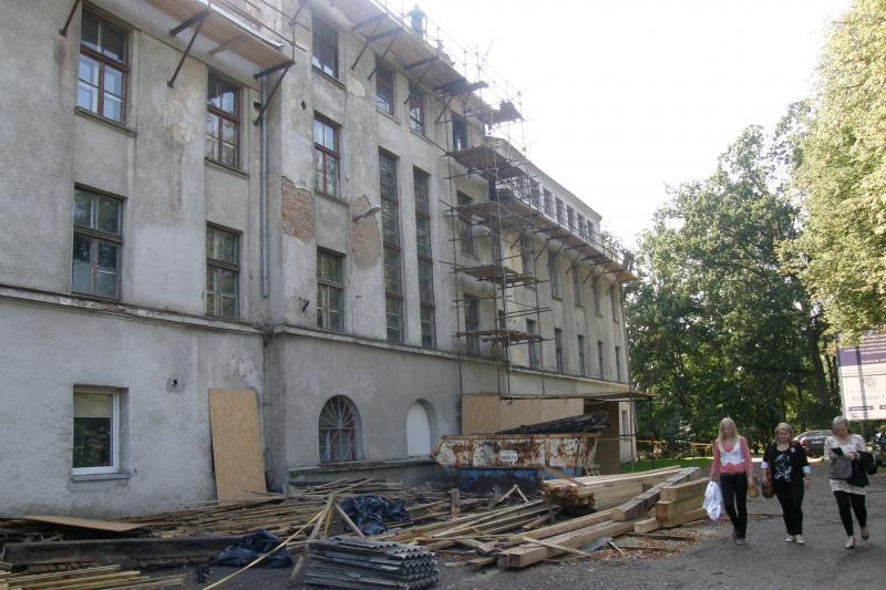 Klaipėdos valstybinės kolegijos renovacija paplonins gyventojų kišenes