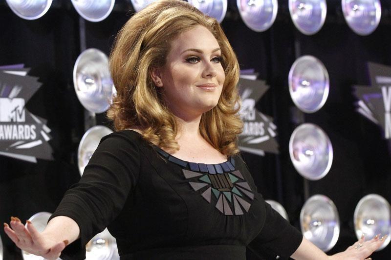 Mažametę iš komos pažadino mamos uždainuota Adele daina