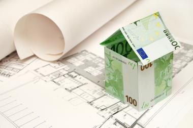 Namai parduodami maždaug trečdaliu pigiau