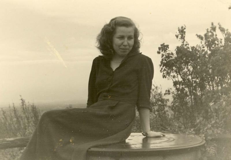 Literatūrologė: Liūnė Sutema buvo atskiras poezijos žemynas