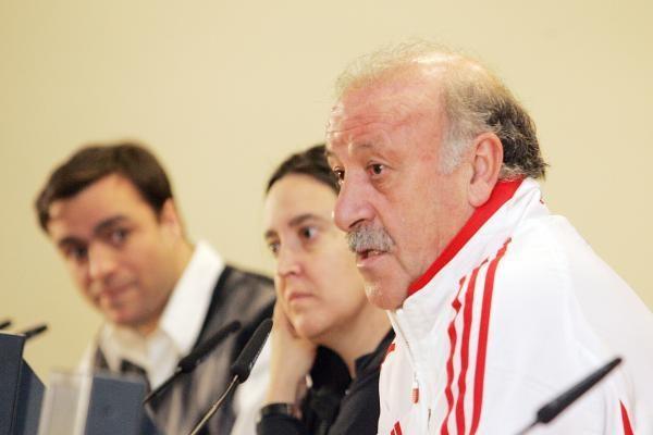 Vicente del Bosque: nenorėtume, jog rungtynės būtų nukeltos į rudenį