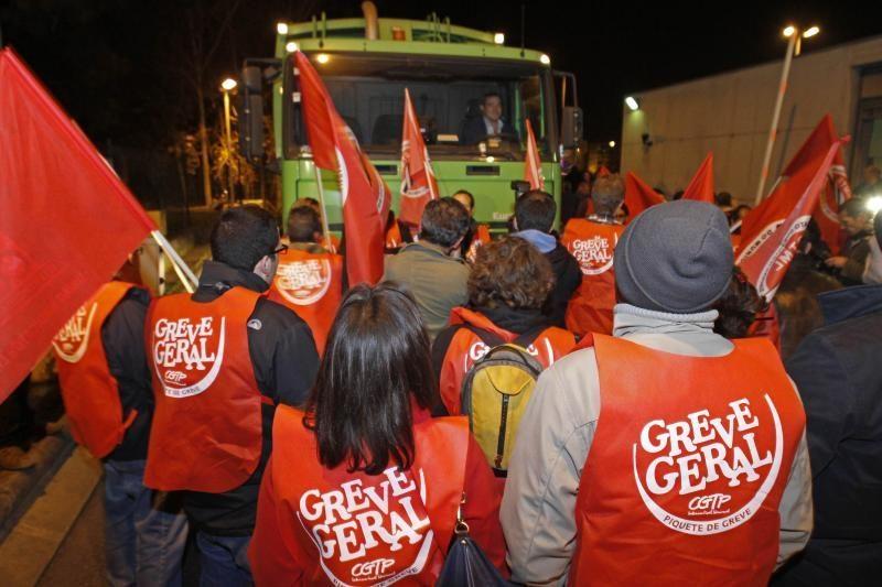 Portugalijoje prasidėjo visuotinis streikas prieš taupymo priemones