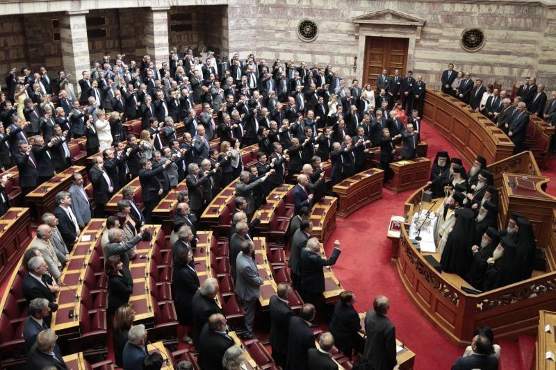 Graikijos naujosios vyriausybės laukia balsavimas dėl pasitikėjimo