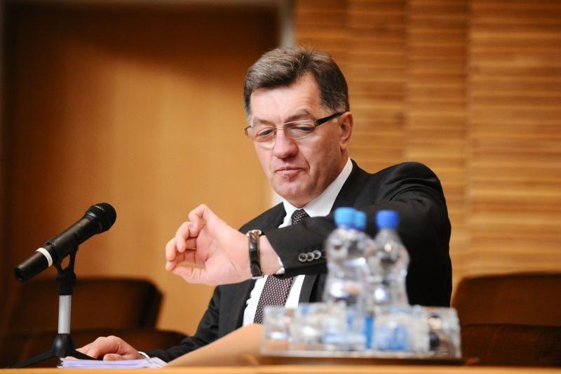 A. Butkevičius: diskutuoti apie skalūnų žvalgybą reikėjo prieš metus