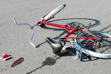 Avarijoje žuvo dviratininkas