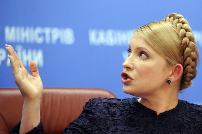 """J.Tymošenko prašo ES padėti išlaisvinti Ukrainą nuo """"diktatoriaus"""""""