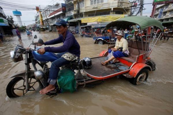 Tailande per potvynius žuvo 181 žmogus