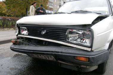"""""""VW"""" neatsilaikė prieš BMW"""