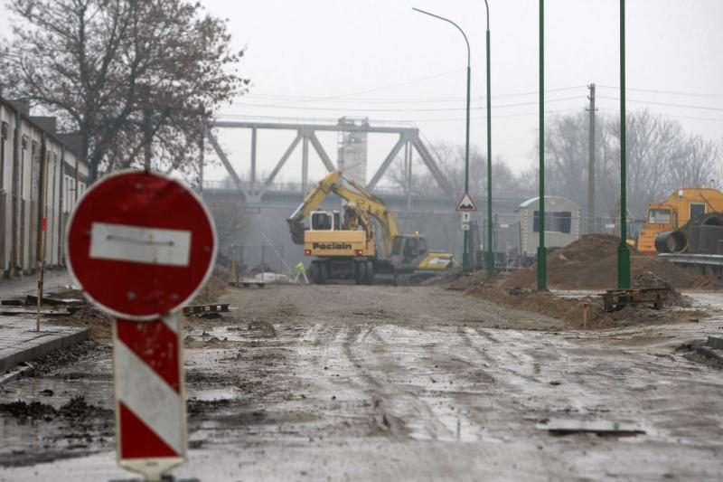 Lietus apsunkina Klaipėdos gatvių remonto darbus