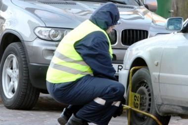 Kontrolieriai per tris mėnesius užblokavo 1000 automobilių ratus