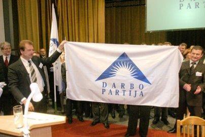 Teismas panaikino Darbo partijos dotacijos areštą