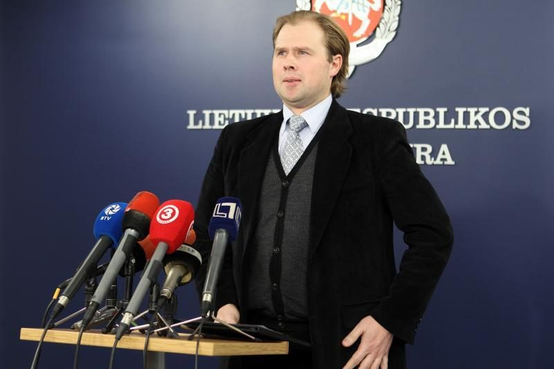 Antikorupcijos komisija prezidentės prašo įvertinti A.Neveros veiksmus