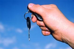 Sausį naujų automobilių pardavimas Vokietijoje smuko 4 procentais