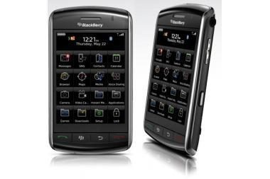 """BlackBerry Storm"" irgi konkuruos su ""iPhone"""
