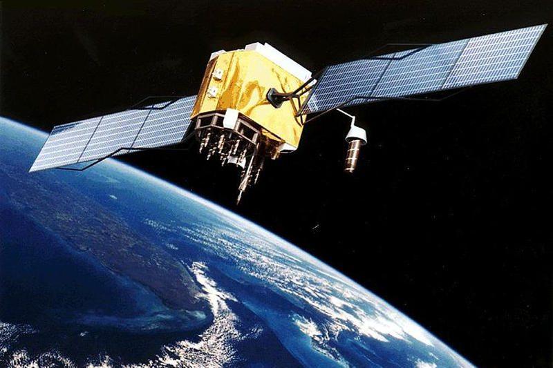 """Bendrovės """"SpaceX"""" kosminė kapsulė tvirtai prisišvartavo prie TKS"""