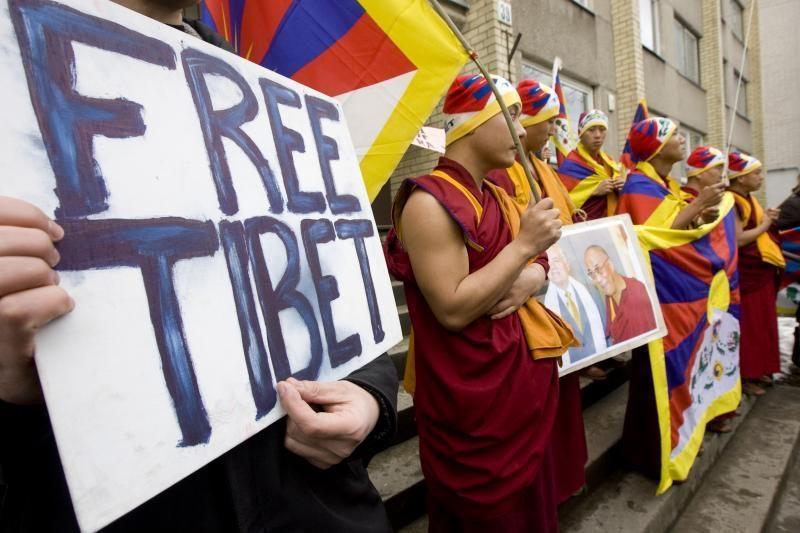 Prie Kinijos ambasados - protestas už Tibeto laisvę