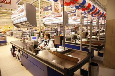 Apklausa: mažmeninės prekybos apyvarta vasarį kiek padidėjo, prognozė lieka pesimistinė