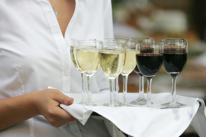 Restoranuose lankosi daugiau nei pusė didmiesčių gyventojų