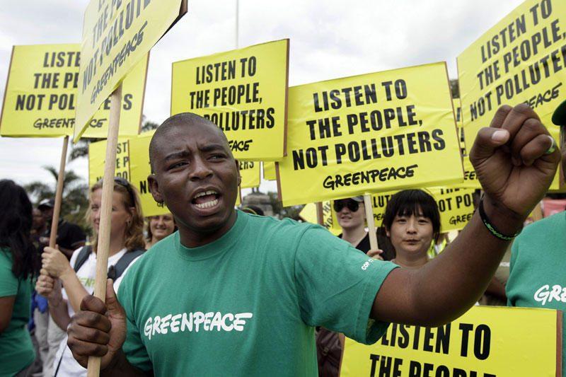 """""""Greenpeace"""" sveikina Lietuvą referendume pasakiusią atominei """"ne"""""""